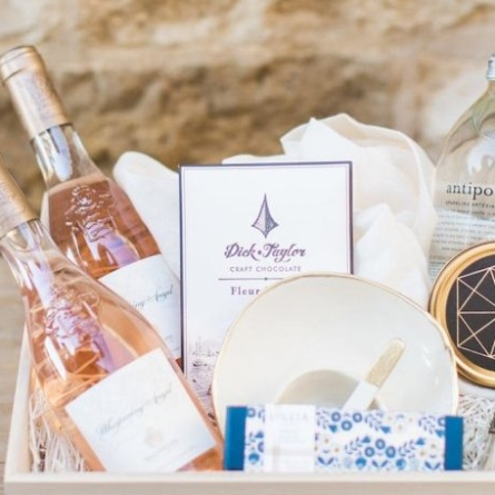 15 Items for your Destination Wedding Welcome bags